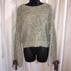 NWT Balloon Sleeve Sweater